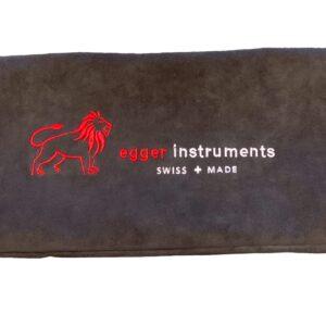 Bogentasche für 2 Bögen, Alcantara Stoff, anthrazit mit rotem Löwen